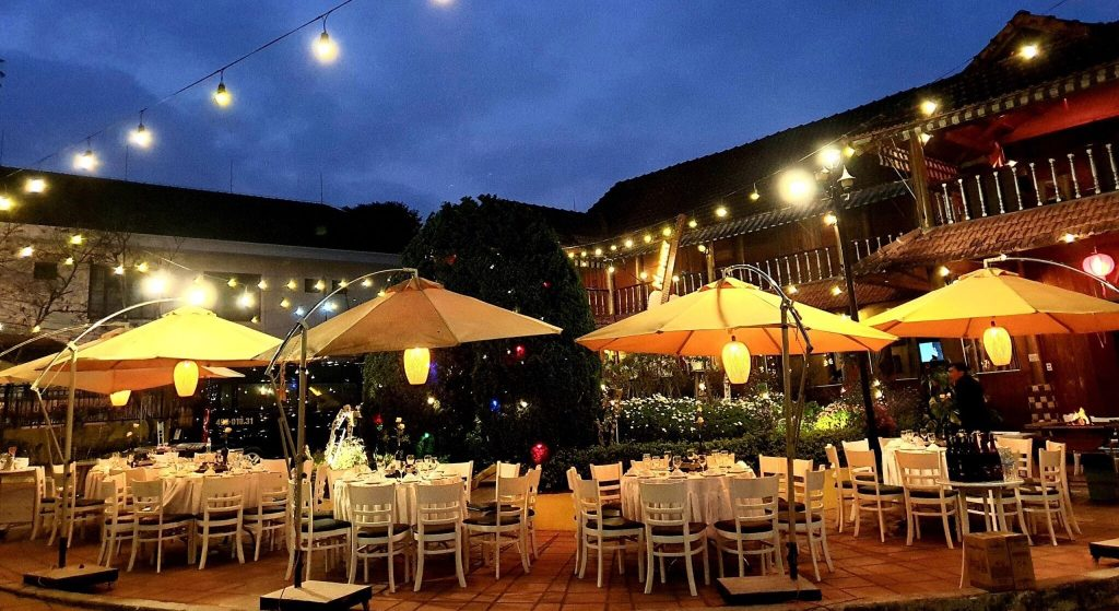 Tiệc nướng ngoài trời sang chãnh và đầy phong cách của nhà hàng Memory Đà Lạt