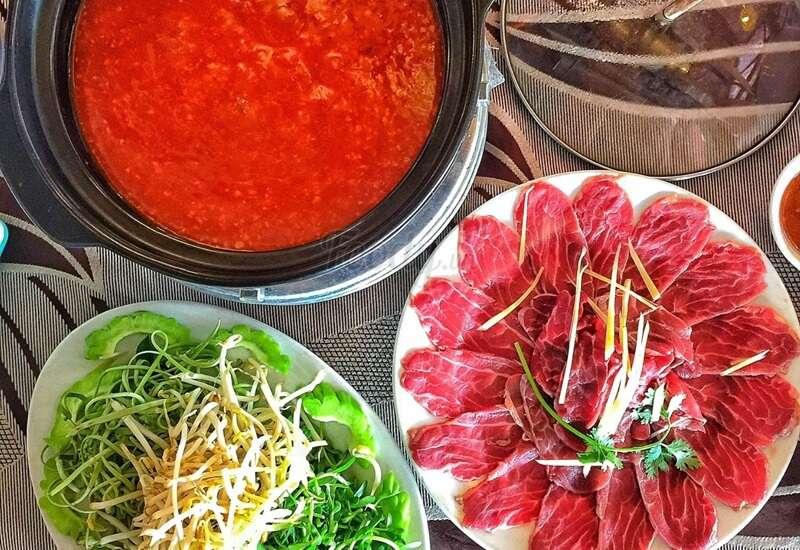 Bò sốt tương Hàn Quốc ăn kèm với bún