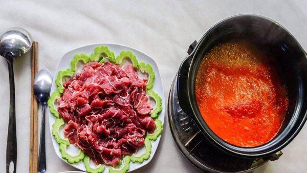 bò nhúng sốt tương Hàn Quốc tại nhà hàng Memory