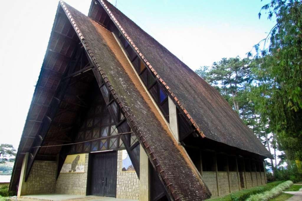 Những nhà thờ đẹp nhất Đà Lạt mang đậm kiến trúc cổ xưa