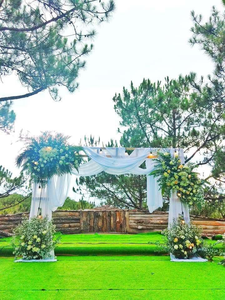 Không gian rộng rãi thoáng mát phù hợp cho tổ chức tiệc cưới đẹp nhất Đà Lạt