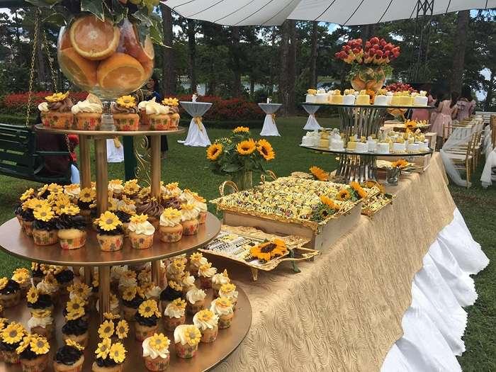 Khung gian trang trí rộng rãi cho tiệc cưới ngoài trời đẹp nhất Đà Lạt