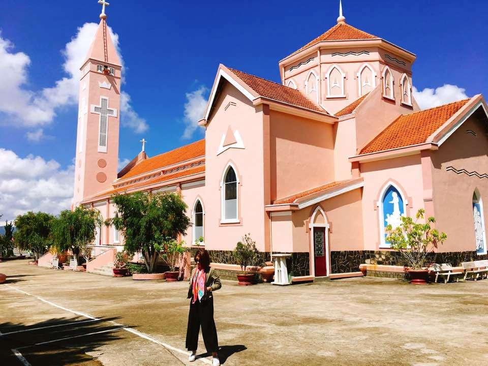 Nhà thờ đẹp nhất Đà Lạt - Nhà thờ Thánh Mẫu